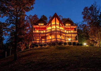 winter ridge 4 bedroom pet friendly cabin Pigeon Forge by Fireside Chalets