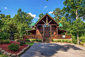 awesome getaway 4 bedroom pet friendly cabin Pigeon Forge by Cabins for You