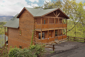bentley lodge 6 bedroom pet friendly cabin Pigeon Forge by Eden Crest Vacation Rentals