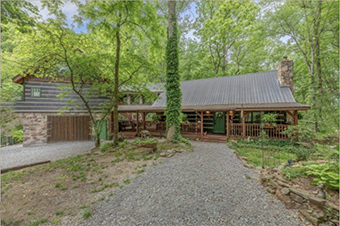 lodge at paradise falls 4 bedroom pet friendly cabin Pigeon Forge by American Patriot Getaways