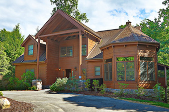 majestic manor 5 bedroom pet friendly cabin Pigeon Forge by Eden Crest Vacation Rentals