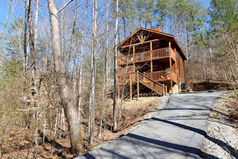 4 paw roundup 1 bedroom pet friendly cabin in Pigeon Forge by Fireside Chalets