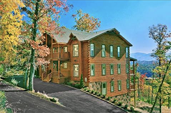 a view for all seasons 12 bedroom pet friendly cabin in Gatlinburg by Alpine Chalet Rentals