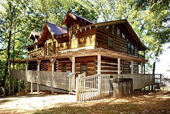 a walk in the woods 4 bedroom pet friendly cabin in Gatlinburg by Diamond Mountain Rentals