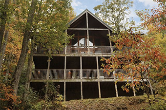 above it all 4 bedroom pet friendly cabin in Gatlinburg by Aunt Bugs Cabin Rentals