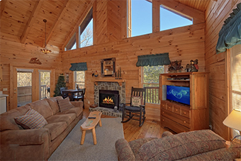 bear hugs 1 bedroom pet friendly cabin in Wears Valley by Cabins USA
