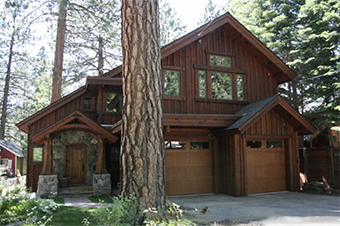 brockway treehouse 4 bedroom pet friendly cabin north lake tahoe by Tahoe Moon Properties