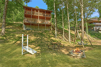 river edge 2 bedroom pet friendly cabin in Sevierville by Cabins USA