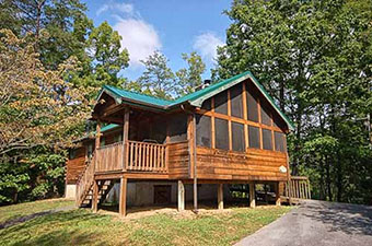 uncle bills 1 bedroom pet friendly cabin in Pigeon Forge